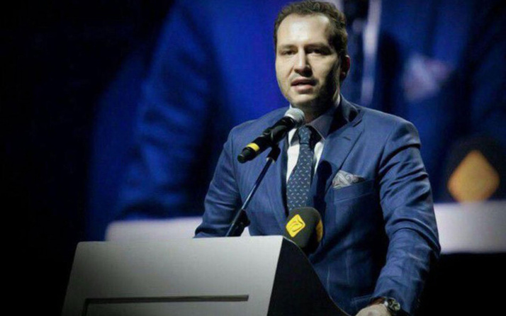 Fatih Erbakan tahliye ettirdiği binaya kendi partisinin tabelasını astı