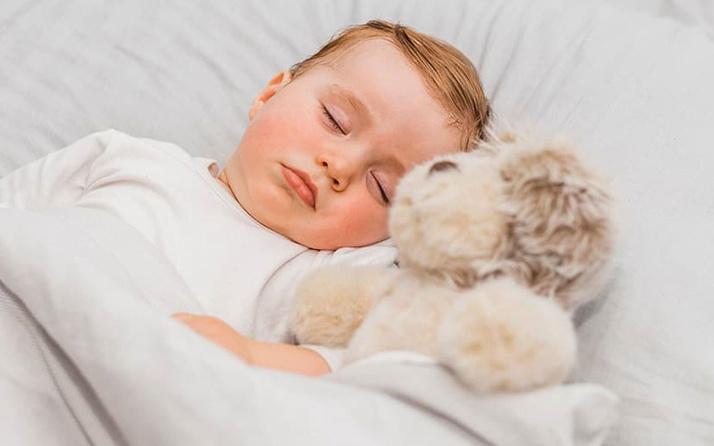 Uyku apnesi nedir çocuklarda görülebilecek büyük tehlike