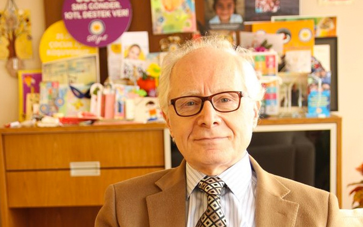 Cengiz Solakoğlu TEGV Başkanlığı'nı Oktay Özinci'ye devretti