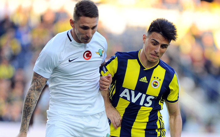Elif Elmas'tan Fenerbahçe'ye kötü haber
