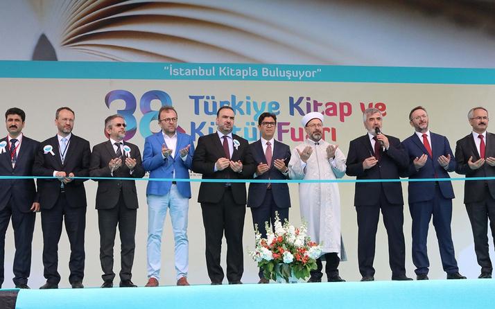 İBB'nin destekleriyle 'Dini Yayınlar Fuarı' Sultanahmet'te açıldı