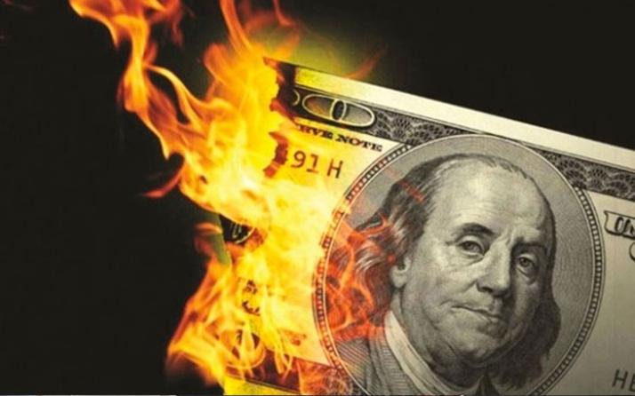 Dolar ve altın bir anda yükselişe geçti! Piyasalarda hareketli anlar