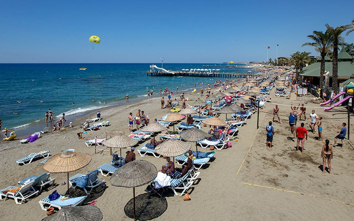 Suriyeliler plaja alınmasın kararı AK Partili vekilin verdiği örnek konuşuluyor