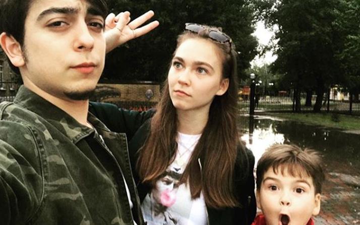 Miray Akay kaç yaşında Miray Akay'ın nişanlısı Atilla Doğukan Türkyılmaz kimdir?