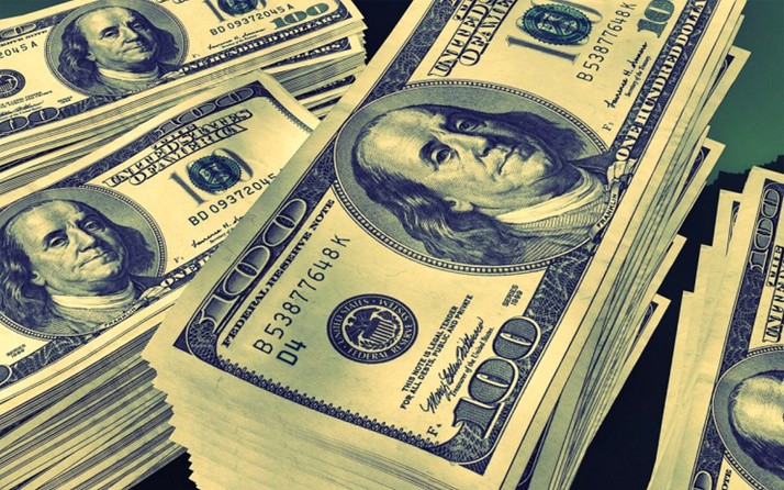 Dolar 5.52'yi gördü daha da düşer mi? Ekonomistlerin yorumu