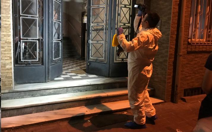 İstanbul'da gencin anahtarı evde unutması canına mal oldu