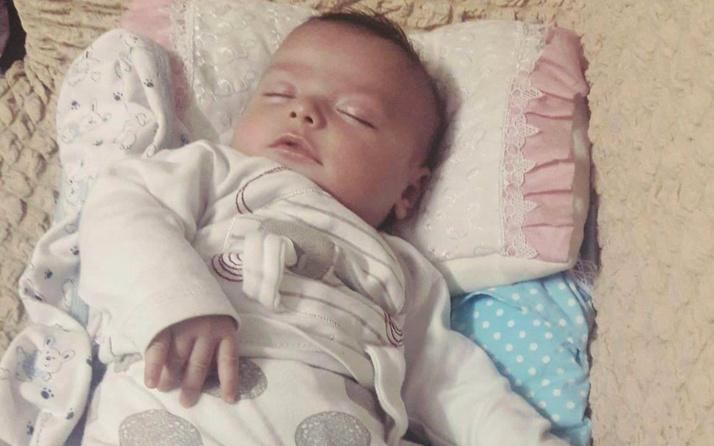 Gaziantep'te 2 aylık bebek süt içerken hayatını kaybetti