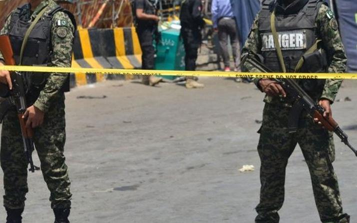 Pakistan'da pazar yerinde bombalı saldırı