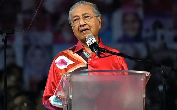 Malezya Başbakanı Muhammed'den gençlere Türkiye'ye gidin çağrısı
