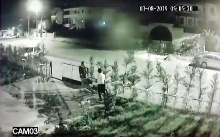 Kayseri'de hırsızlar motosikleti sırtladılar