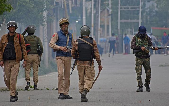 Pakistan Hindistan sınırında çatışma 10 ölü
