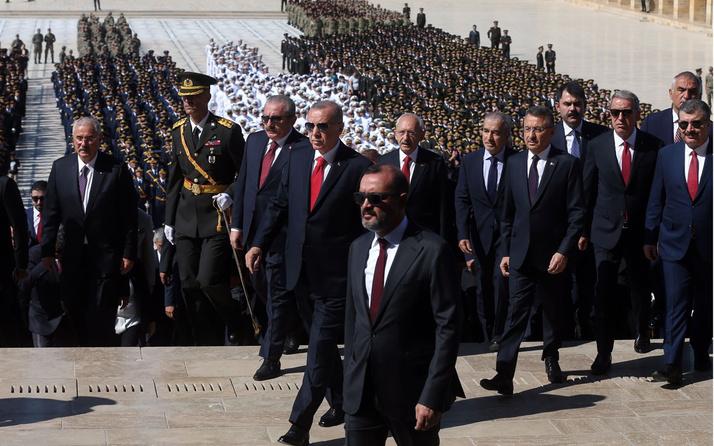 Erdoğan ve devlet erkanından Anıtkabir ziyareti! Büyük zaferin 97. yılı