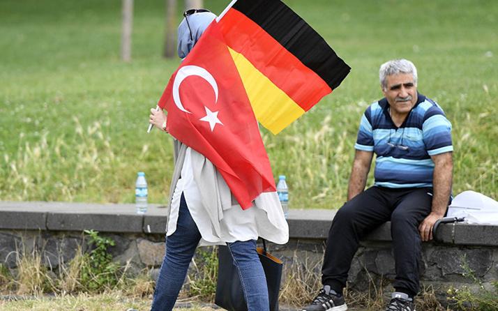 Almanya'ya sığınma başvurusu yapan Türklerin sayısında artış
