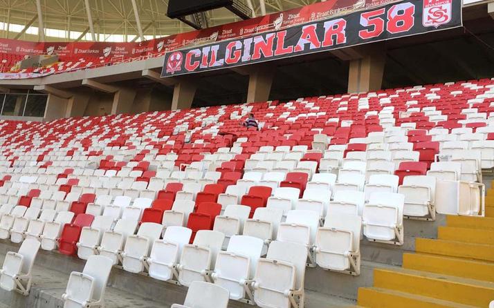 4 Eylül Stadyumu'ndaki kırık koltuklar yenileniyor