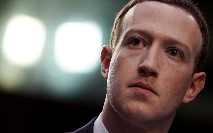Apple'dan Facebook'a tehdit! Facebookeleştirilerin hedefinde