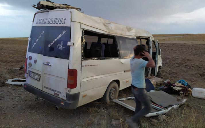 İşçilerini taşıyan minibüs devrildi! Çok sayıda yaralı var