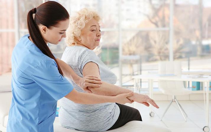 Türkiye'de 50 yaş üzerindeki 4 kişiden birinde osteoporoz bulunuyor