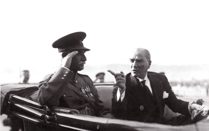 Atatürk ile ilgili kısa şiirler 2 kıtalık-4 kıtalık şiirler sayfası