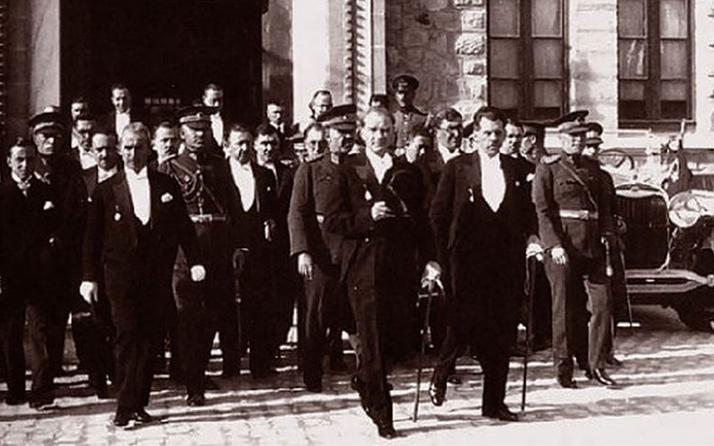 29 Ekim Cumhuriyet Bayramı kutlu olsun Türkiye Cumhuriyeti 96 yaşında