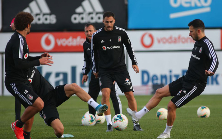 Burak Yılmaz Antalyaspor maçında oynayacak mı