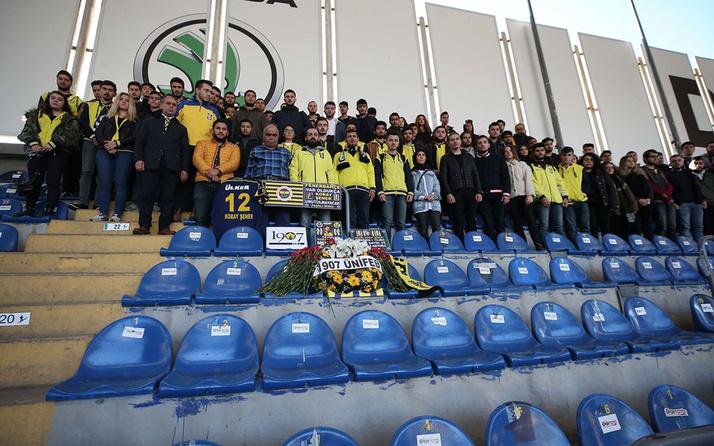 Fenerbahçeli taraftar grubu Koray Şener'i unutmadı