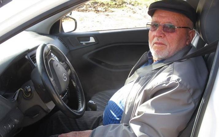Afyonkarahisar'da yüreği güzel bir insan! Felçli eşi için 74 yaşında ehliyet aldı