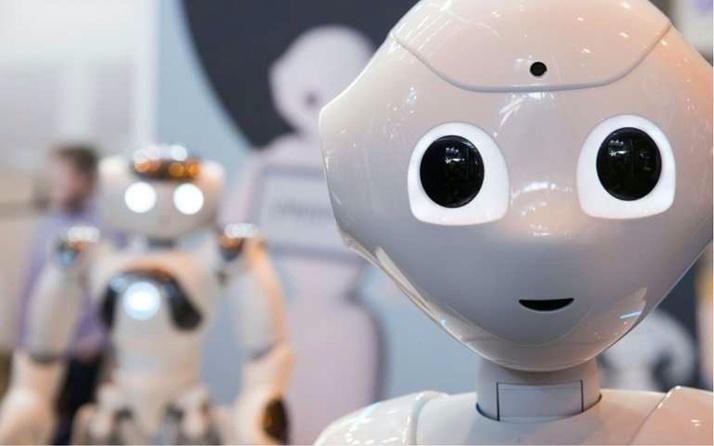 İnsan icadı robotların duyguları olabilir mi?