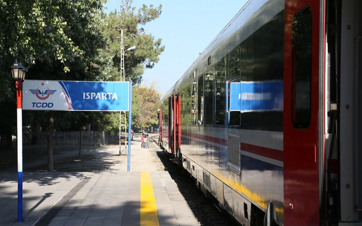 İzmir -Isparta tren bileti fiyatları TCDD Göller Ekspresi tren saatleri