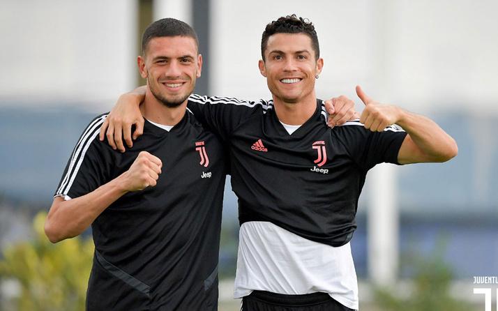 Merih Demiral: Ronaldo'ya İbrahim Tatlıses'in şarkısını söylüyorum