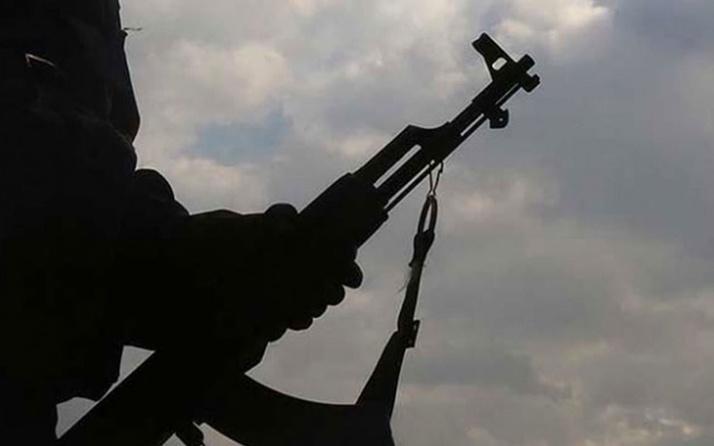 Sınırı geçmeye çalışan 2 terörist yakalandı