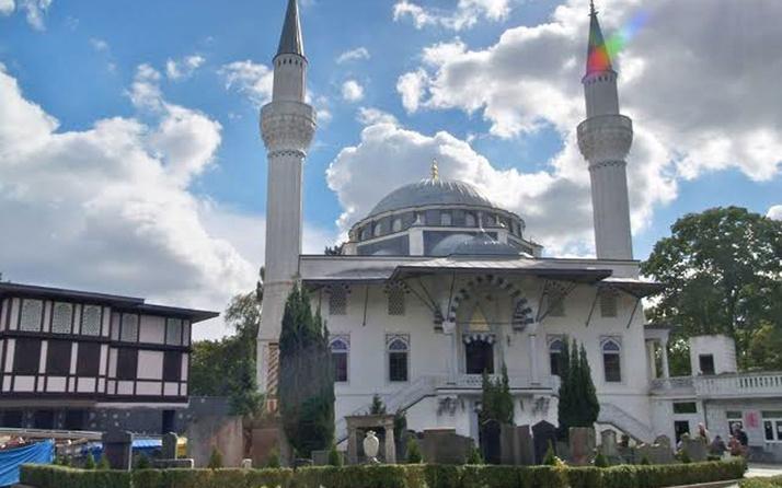 Almanya'da Berlin Şehitlik Camisi'ne bombalı saldırı tehdidi