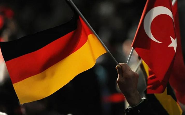 Almanya'dan gazetecilere infaz listesi iddiası açıklaması