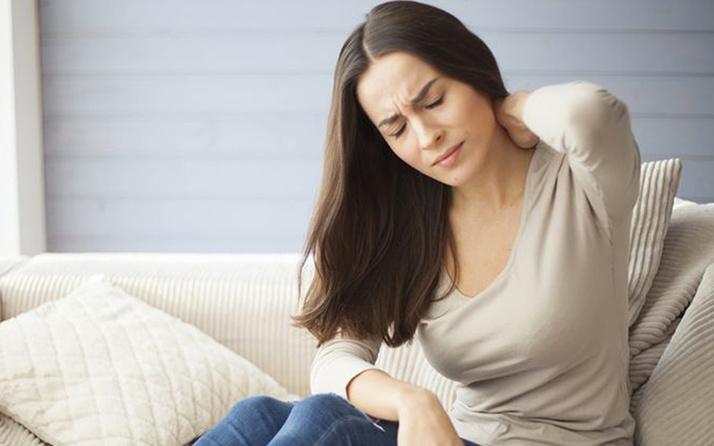 Elastofibroma Dorsi (sırt nasırı) nedir  daha çok kadınlarda oluyor!