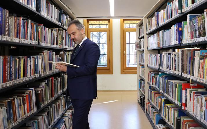 Bursa'da çok okuyan çok yol alıyor