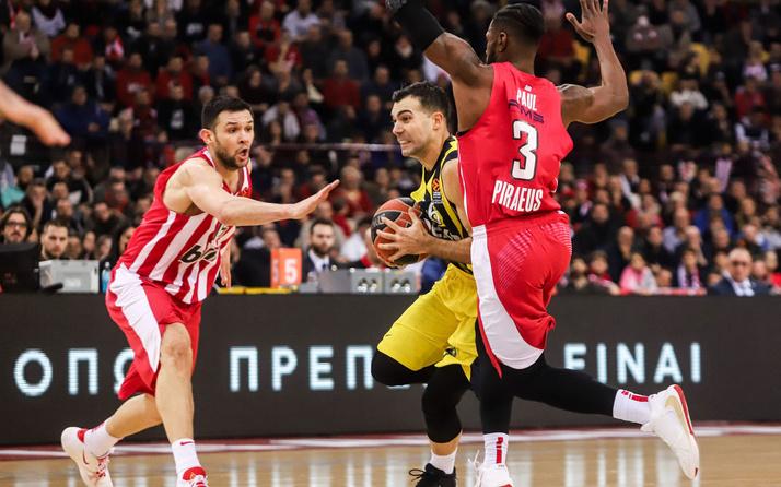 Fenerbahçe Beko deplasmanda Olympiakos'u yendi