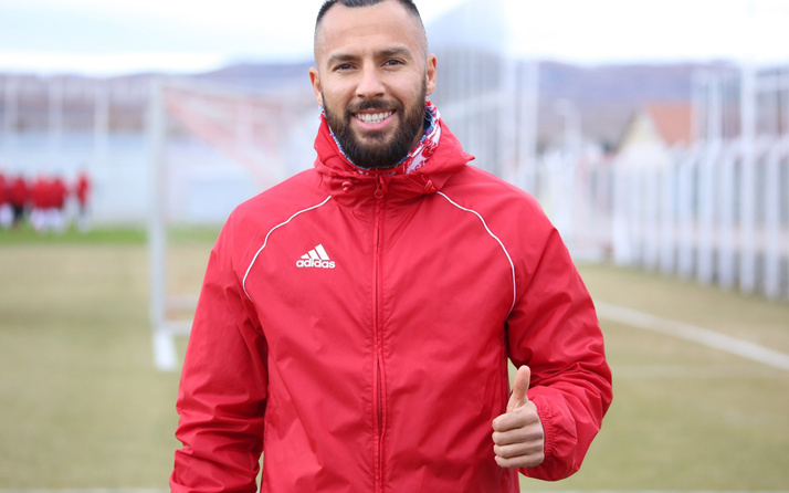 Sivasspor Yasin Öztekin ile imzaladı