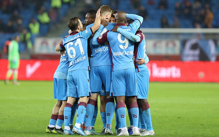 Trabzonspor, Denizlispor'u 2-0 yendi