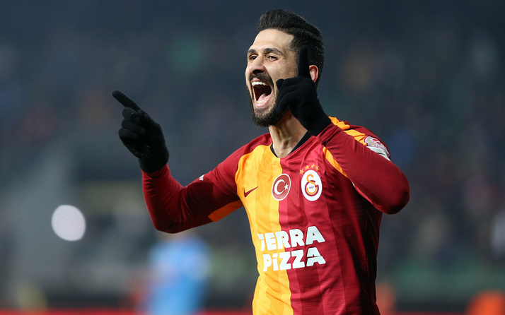 Galatasaray'da Emre Akbaba'dan büyük fedakarlık!