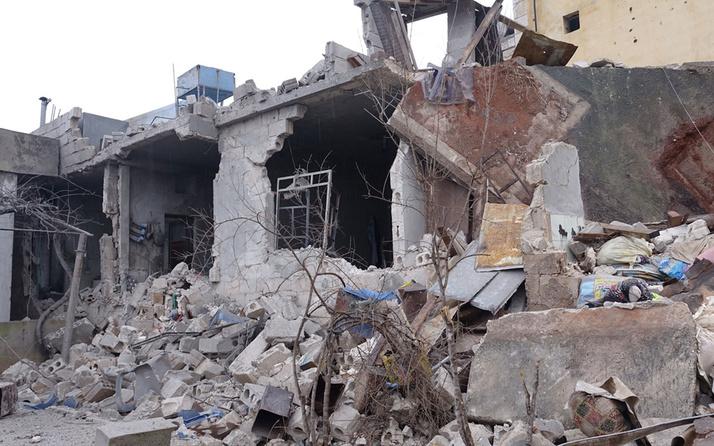Rus savaş jetleri İdlib'de 9 sivili öldürdü