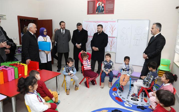 Bursa'da 'Ana Kucağı'nda eğitim başladı
