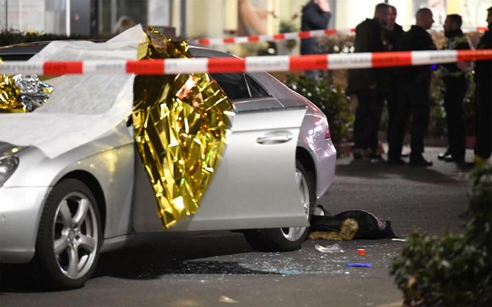 Almanya'daki ırkçı saldırıda ölenlerin 5'i Türk kafe sahibi ölenlerin isimlerini verdi