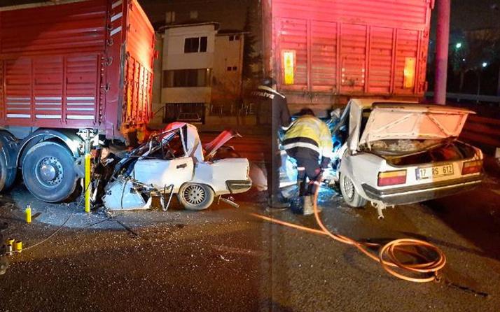 Aracıyla kamyonetin altına girdi olay yerinde hayatını kaybetti