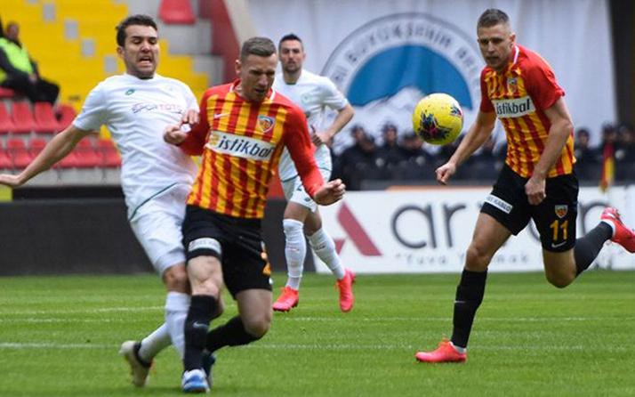 Konyaspor kaçtı Kayseri kovaladı! Bol gollü maçta gülen yok