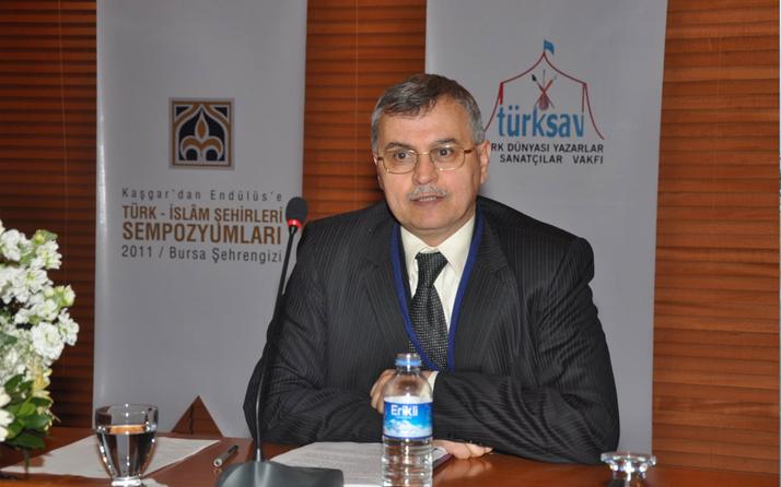 Rektör Ahmet Akgündüz FETÖ'den ceza alan Kavurmacı'ya sahip çıktı! Yaşayan evliya