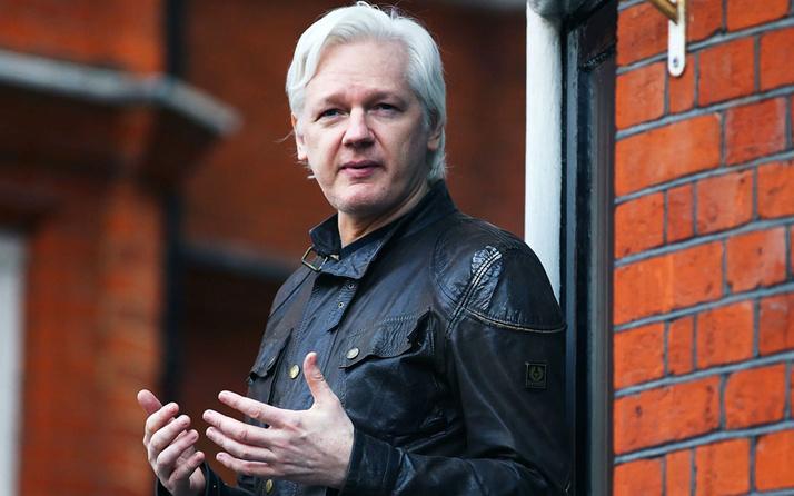 Wikileaks'in kurucusu Julian Assange'ın vatandaşlığını iptal ettiler