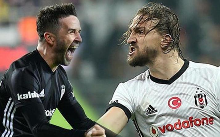 Beşiktaş beklerinden vazgeçmiyor