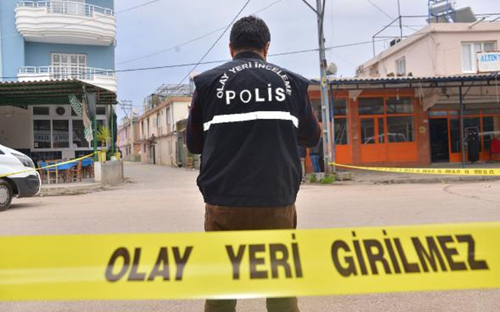Adana'da işine gittiği sırada saldırıya uğradı başından vuruldu
