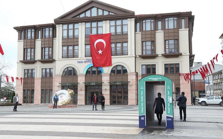 Türkiye'de bir ilk! Ordu corona virüse karşı dezenfeksiyon tüneli yaptı