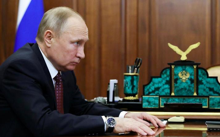 Koronavirüs Kremlin'e de sıçradı Sözcü Dimitry Peskov açıkladı