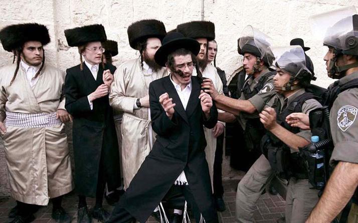 İsrail'de koronavirüs yasaklarına uymayan Ultra-Ortodoks Yahudiler salgını büyüttü